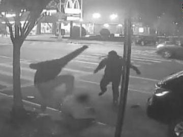 """La recompensa de 2.500 dólares de la Policía de Nueva York: """"Se busca por robo. ¿Los has visto?"""""""