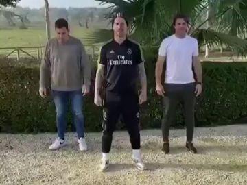 El baile del 'limpiaparabrisas', la coreografía viral de Sergio Ramos