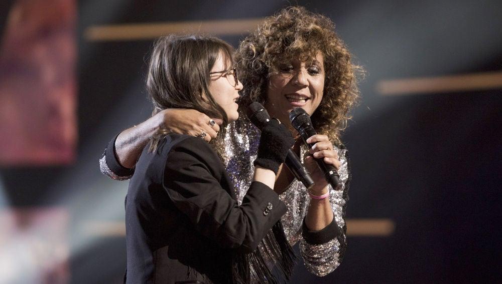 Rosana y Sofía Esteban, arrolladoras al cantar juntas 'No olvidarme de olvidar' en la Gran Final de 'La Voz Kids'