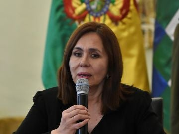 La canciller interina boliviana, Karen Longaric