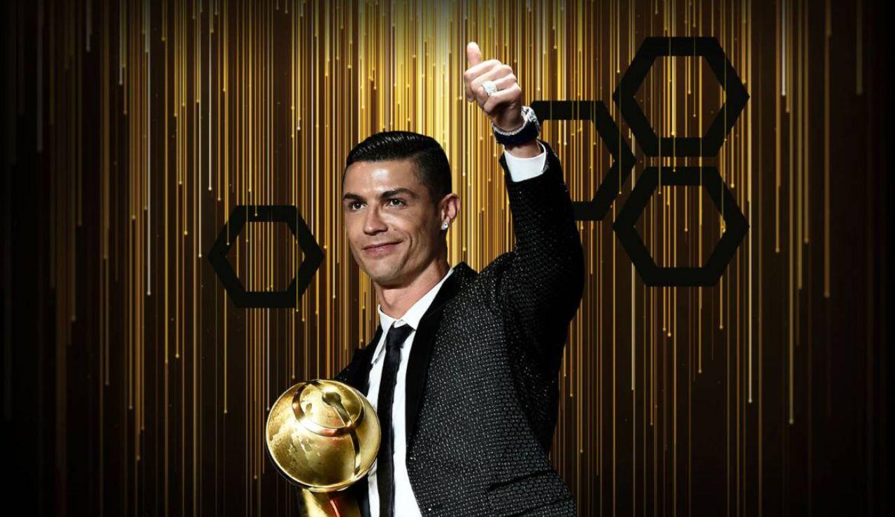 Cristiano recibe el premio