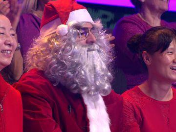 Papá Noel, en '¡Ahora caigo!': consulta a Arturo Valls su misterioso último regalo que le queda por entregar