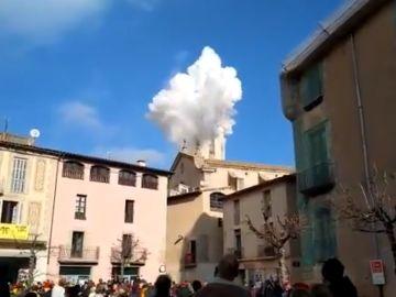 9 heridos, tres de ellos muy graves, tras una explosión pirotécnica en un campanario de Centelles