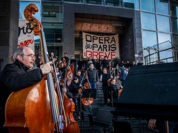 Músicos de la Ópera de París protestan contra la reforma de las pensiones de Macron