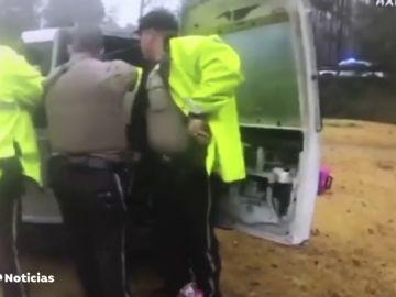 La Policía libera a una joven secuestrada en una furgoneta