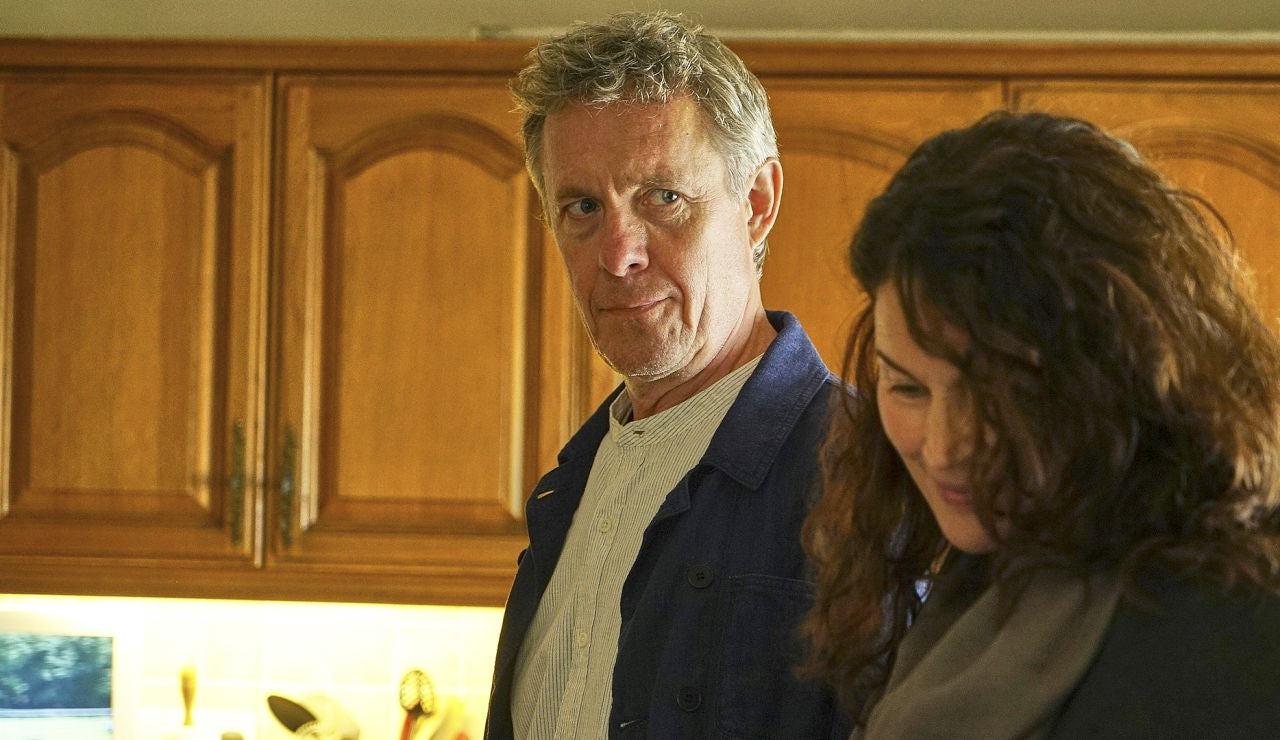 Alex Jennings es Ted Day en 'El cazafortunas'