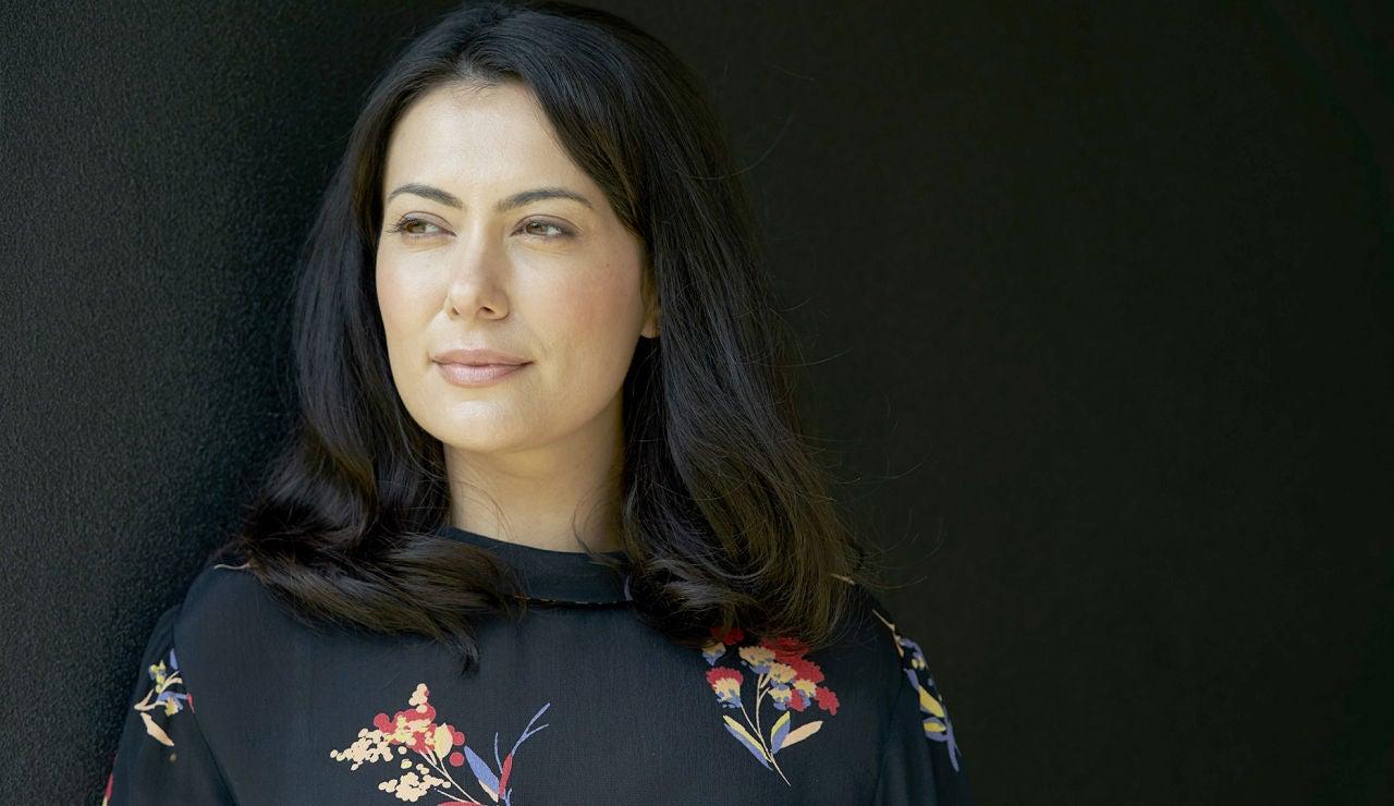 Yasmine Akram es Eimear Day en 'El cazafortunas'