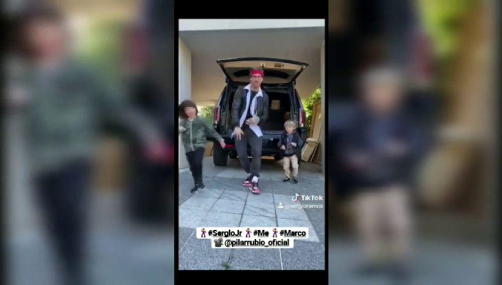 Sergio Ramos 'revienta' las redes con este baile con mucho 'flow' junto a sus hijos