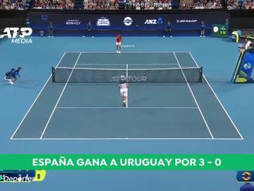 España arrolla a Uruguay y sigue invicta en la ATP Cup