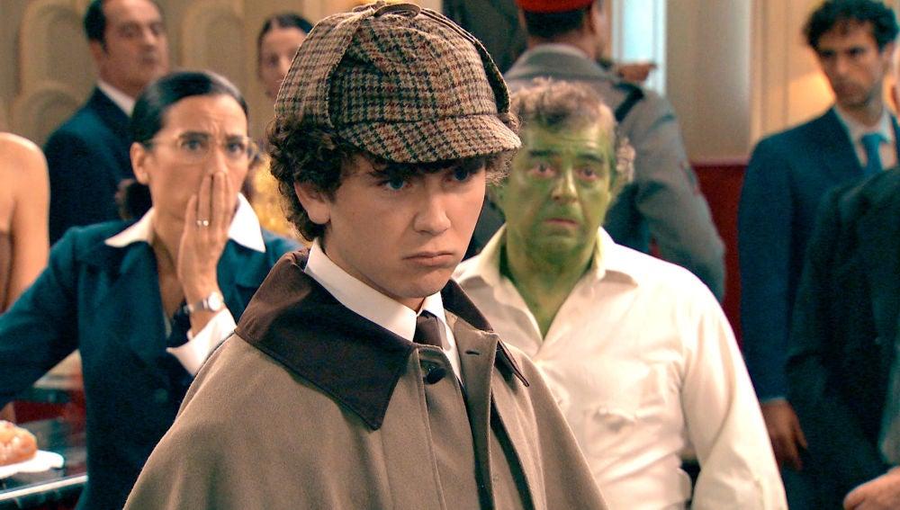 Manolín, un Sherlock Holmes que resuelve un difícil caso y libra a todos de la cárcel en la mágica noche de Reyes