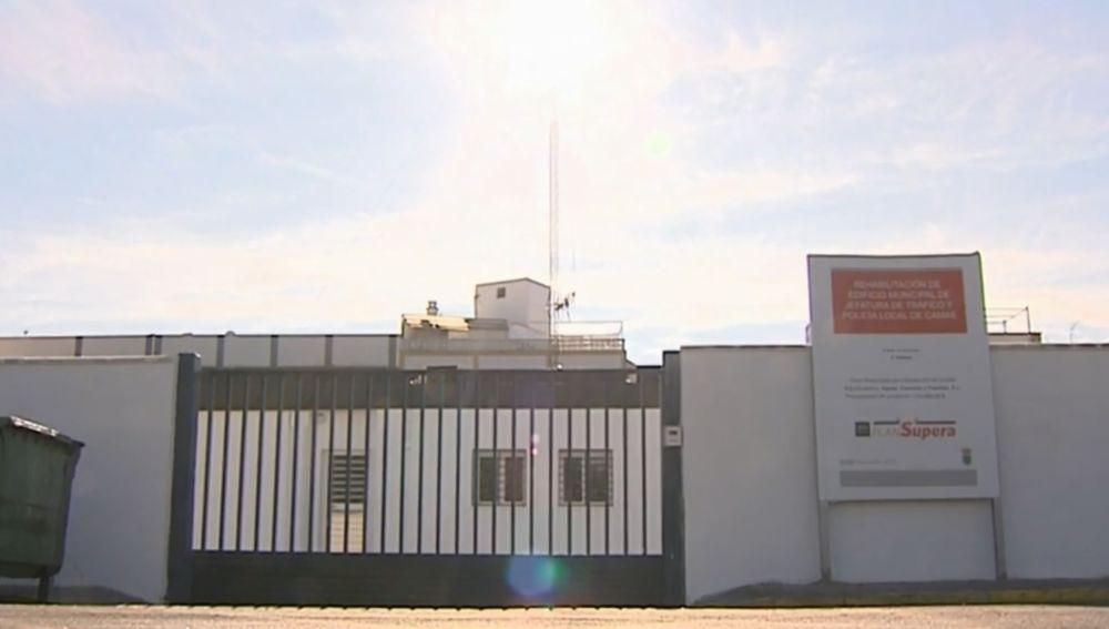 Una disputa en la herencia pone en cuestión el uso de la sede la policía local en Camas, Sevilla