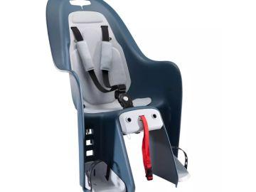 Facua alerta sobre una silla portabebés de Decathlon, que ya ha anunciado que compensará a los clientes afectados
