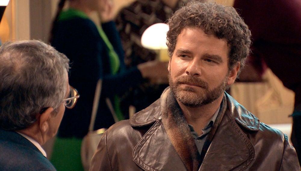 Arturo regresa irreconocible y dispuesto a recuperar a Sofía