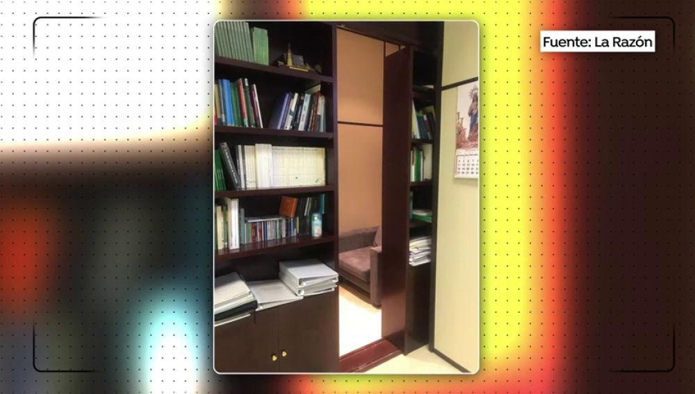 Hallan un habitáculo secreto dentro del despacho de un alto cargo de la Junta de Andalucía