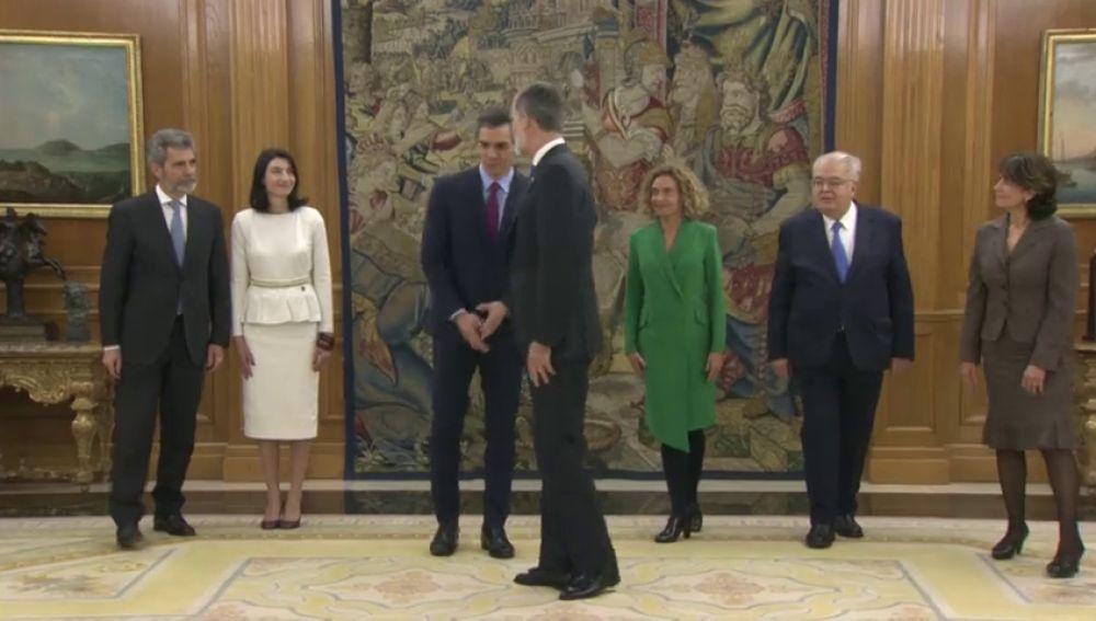 """Pedro Sánchez al rey: """"Le hemos dado muchas preocupaciones"""""""