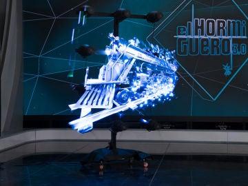 Marron sorprende con espectaculares hologramas 3D creados con aspas en 'El Hormiguero 3.0'