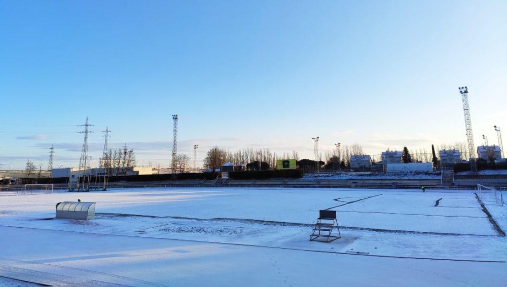 Unionistas - Real Madrid: El campo de Las Pistas de Salamanca amanece completamente nevado   Copa del Rey