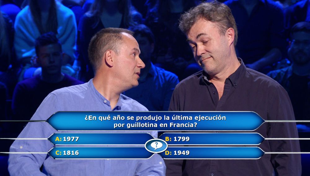 Erundino invoca a Manu Zapata, su compañero de 'Los lobos', para evitar su particular guillotina en '¿Quién quiere ser millonario?'