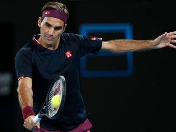 Roger Federer, en acción ante Filip Krajinovic