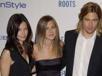 Courteney Cox, Jennifer Aniston y Brad Pitt