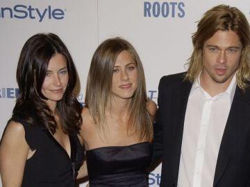 Courteney Cox, Jennifer Aniston y Brad Pitt