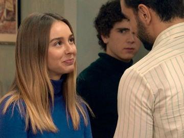 Luisita pretende ser una buena anfitriona con Sebas
