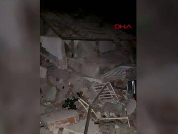 Registran un terremoto de magnitud 6.7 en Doganyol, Turquía