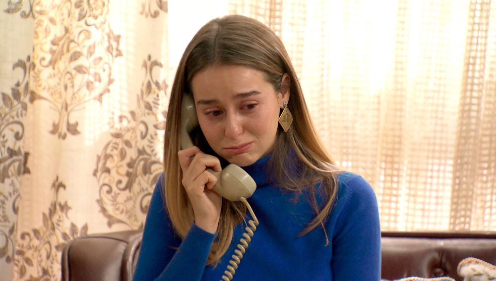 Luisita se derrumba al hablar con Marcelino sobre el estado de salud de su madre