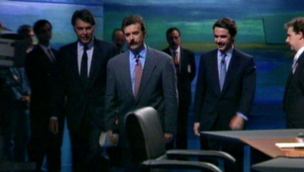 Antena 3 emitió en 1993 el primer debate de la democracia entre Felipe González y José María Aznar