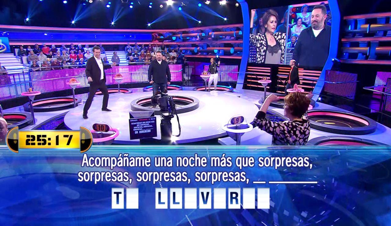Las sintonías de Antena 3 suenan en el especial por su 30 aniversario en '¡Ahora caigo!'