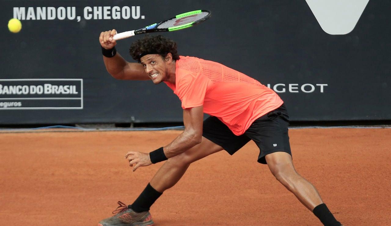 El tenista Joao Souza, durante un partido