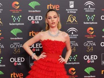 Ester Expósito, de rojo pasión