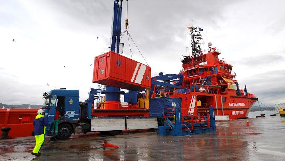 Dispositivo de Salvamento Marítimo para buscar al Rúa Mar