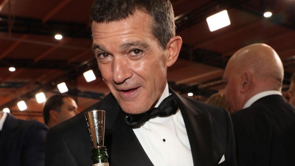Antonio Banderas con su Goya a Mejor Actor por 'Dolor y gloria'