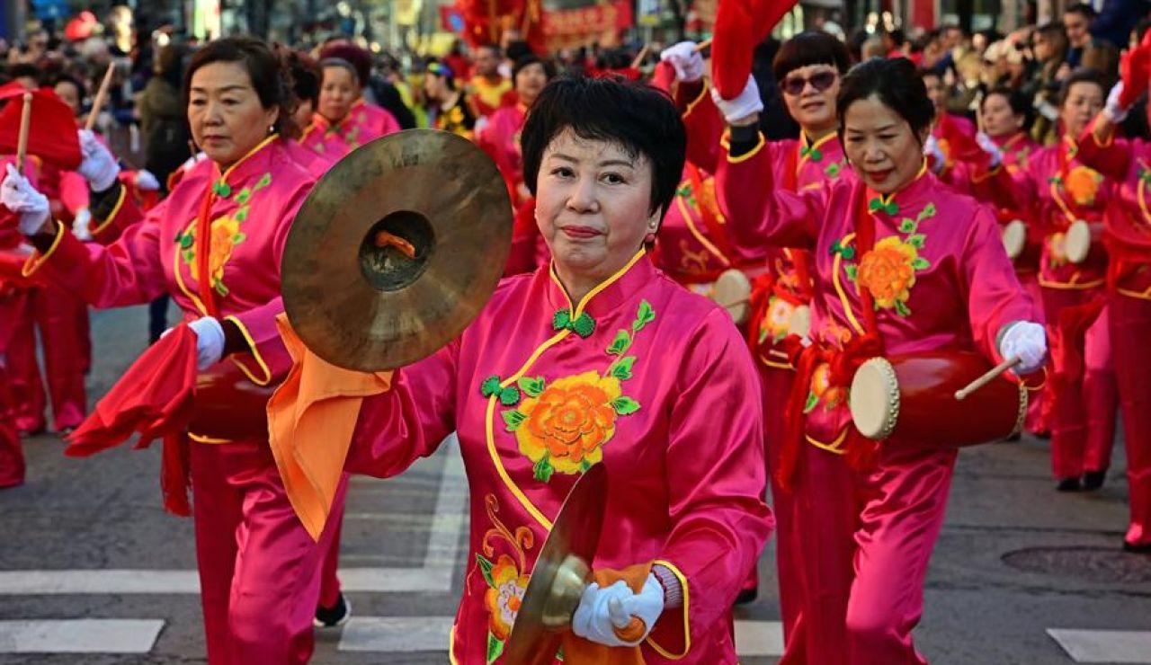Los chinos dan la bienvenida al nuevo año fuera de sus fronteras