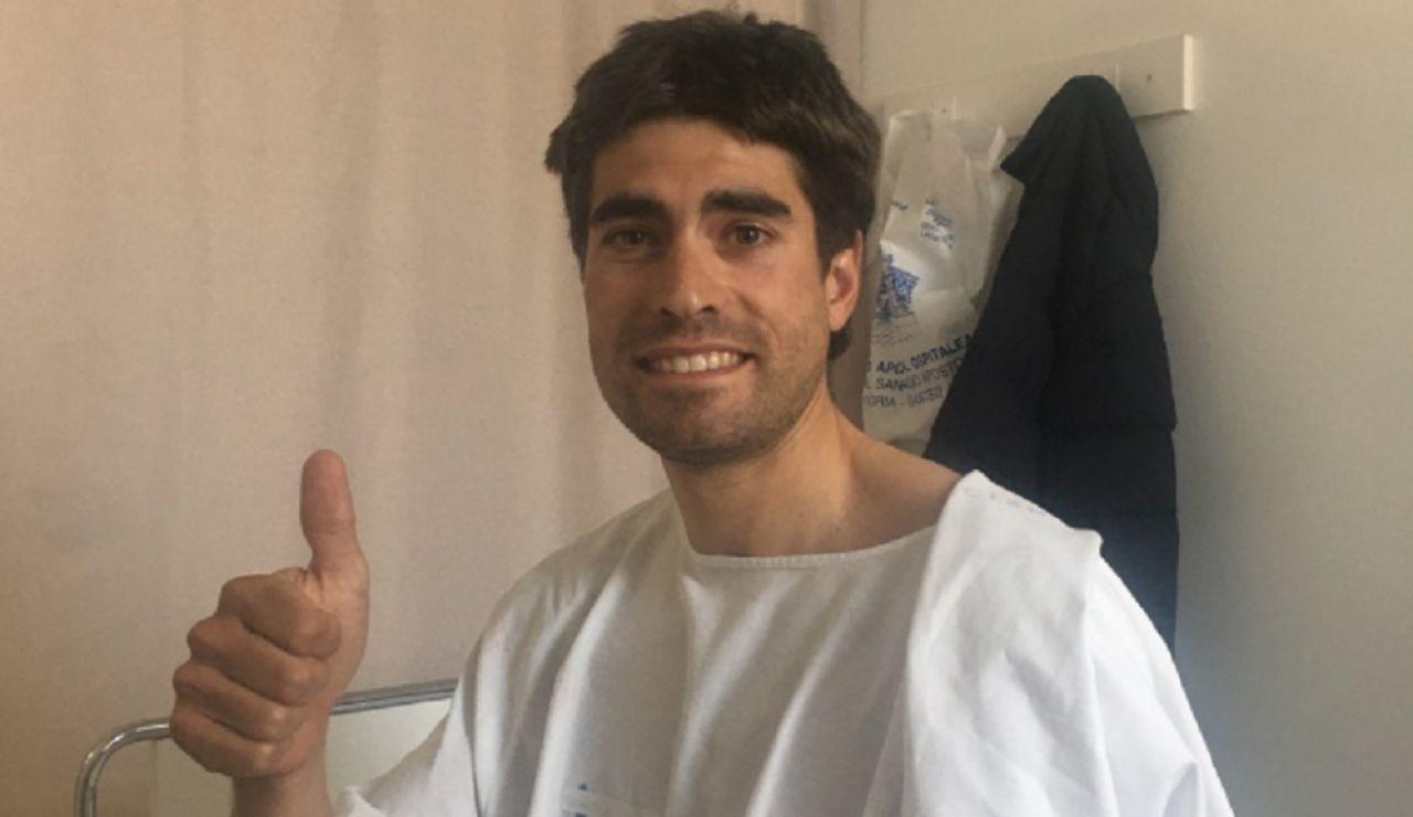 Imagen de Mikel Landa en el hospital tras ser atropellado por un turismo