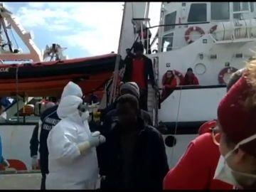 Desembarcan en Sicilia los 363 migrantes rescatados por el Open Arms