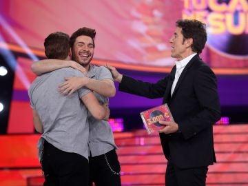 Gemeliers enamoran como Pablo Alborán y ganan la quinta gala de 'Tu cara me suena'