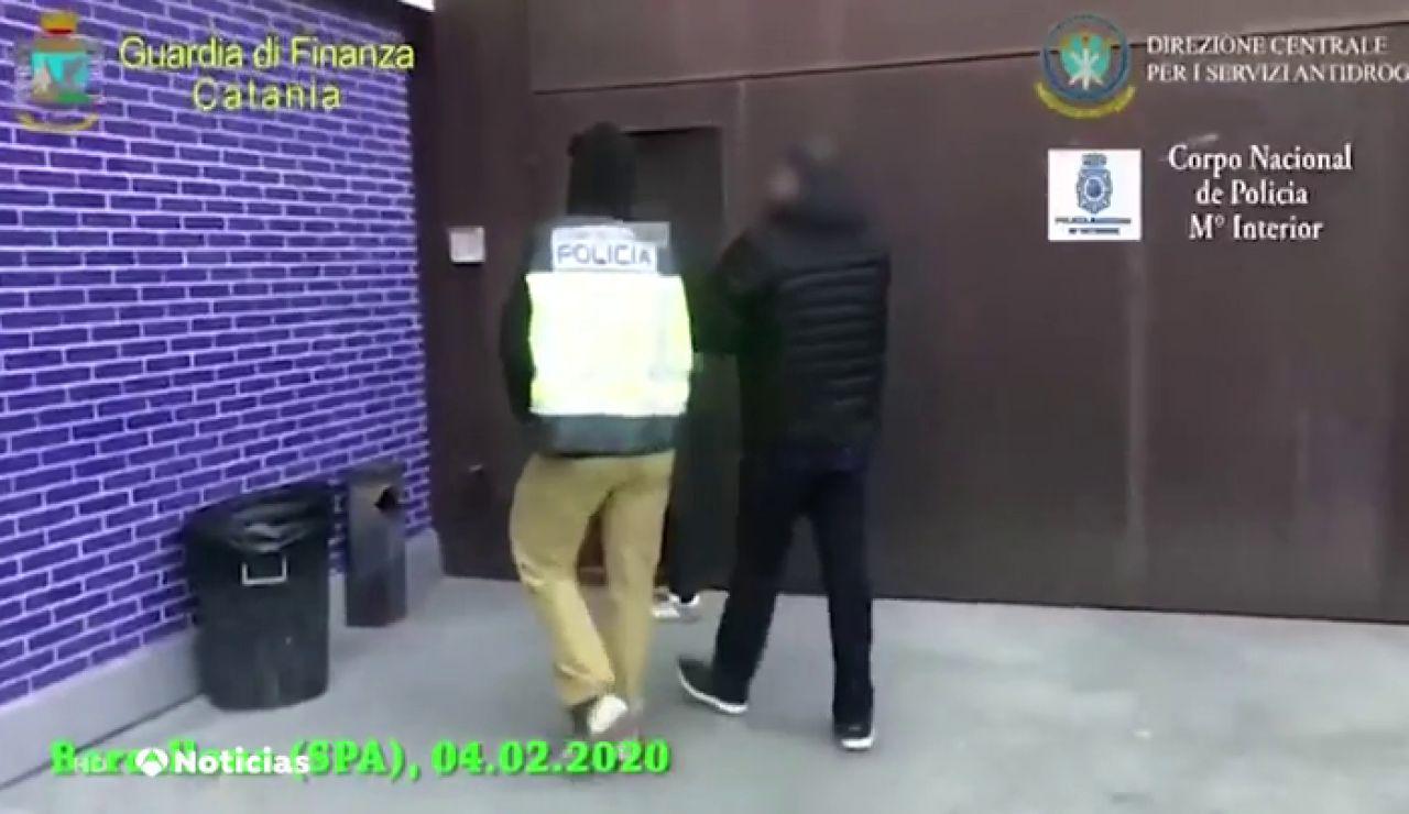 Detenidas doce personas en un operativo contra los narcopisos en El Raval de Barcelona