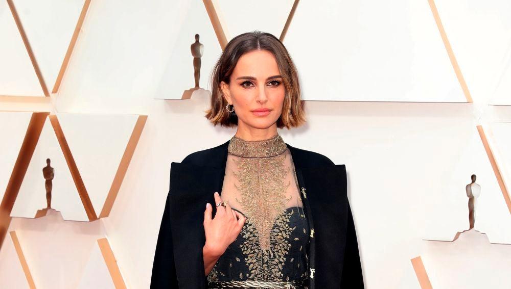 Natalie Portman, una de las más elegantes y reivindicativas de los Oscar 2020