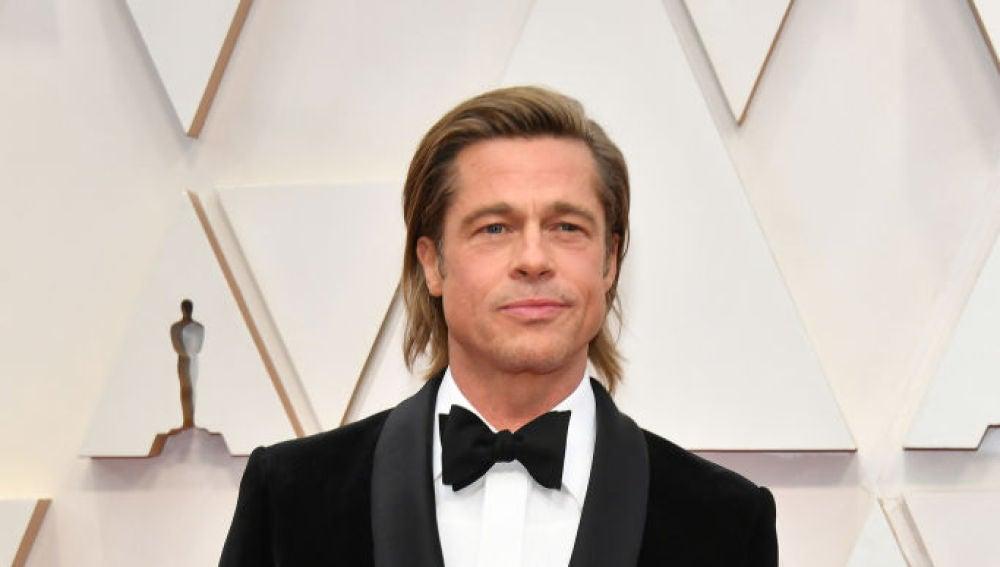 Brad Pitt en la alfombra roja de los Oscar 2020