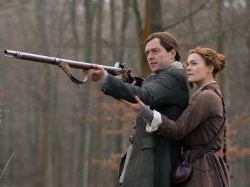 Brianna y Roger en 'Outlander'