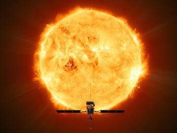 Representación de la 'Solar Orbiter' frente al Sol