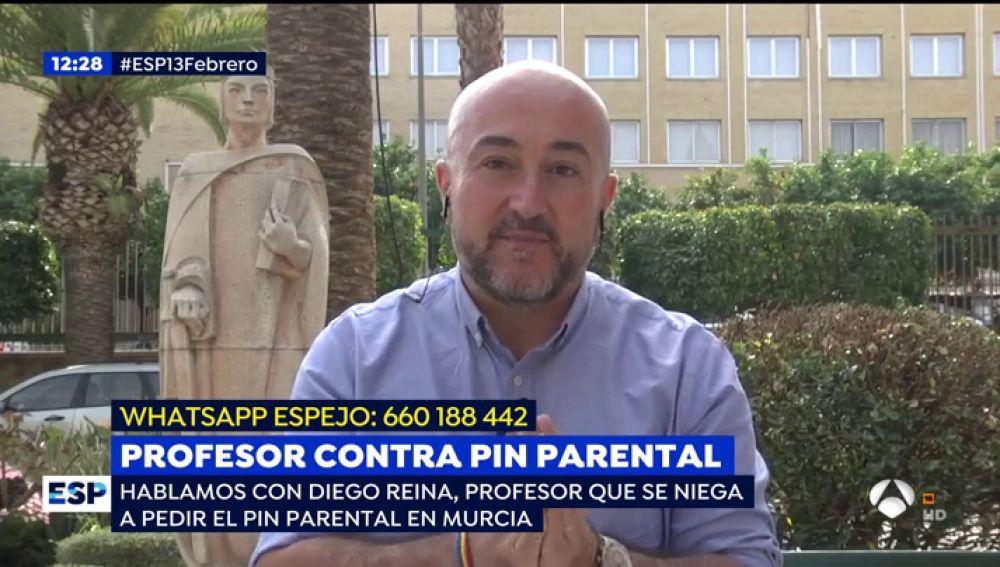 """Un profesor que se niega a pedir el 'pin parental' en Murcia: """"Hay un partido político que ha generado un discurso de odio hacia el profesorado"""""""