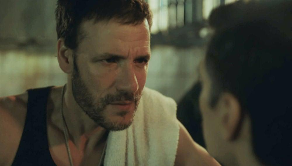 """""""Ahora te toca a ti cumplir tu parte del trato"""", Antonio intentará salir de la cárcel, el martes en 'Perdida'"""