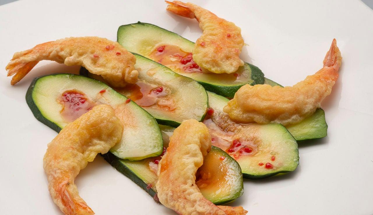 Carpaccio de calabacín con langostinos en tempura