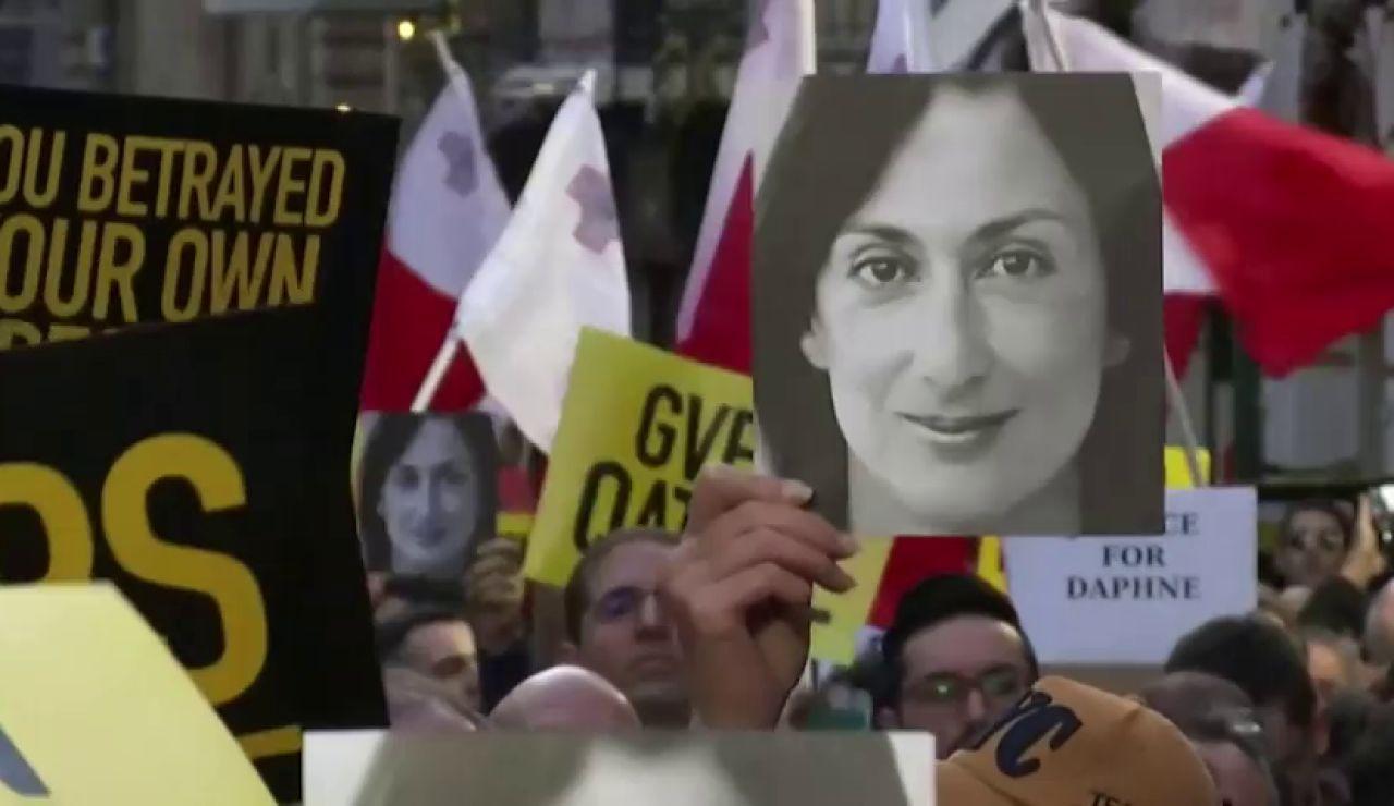 El dinero negro de un taxista que tumbó a un primer ministro: las claves del asesinato de la periodista Daphne Caruana en Malta
