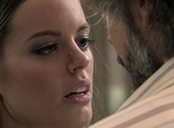 Giro inesperado en 'Amar es para siempre': la química entre Guillermo y Lourdes rompe la barrera de lo prohibido