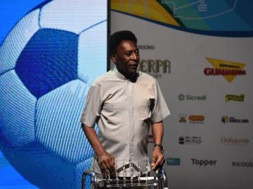 Pelé rompe su silencio sobre su supuesta depresión