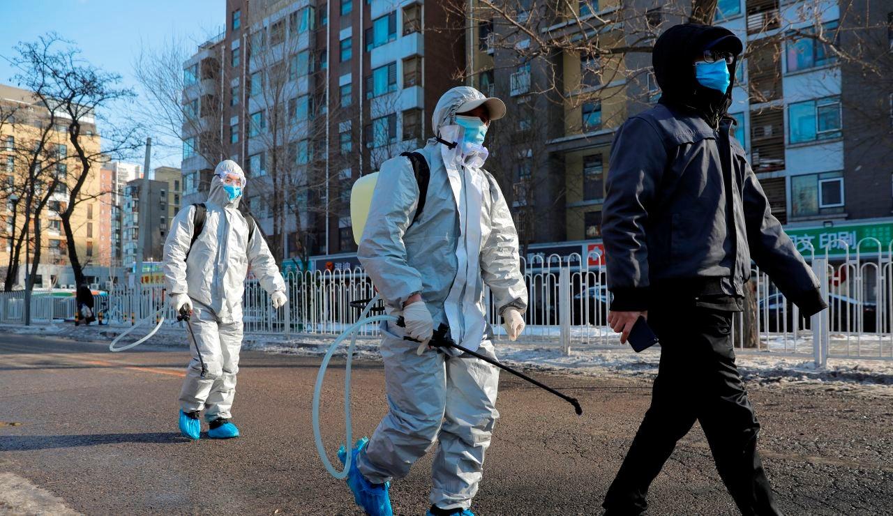 Pekín ordena cuarentena casera de 14 días para quienes regresen a la ciudad
